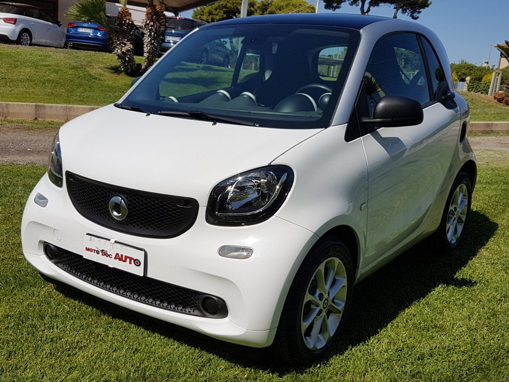 SMART FORTWO 1.0cc 70cv  Twinamic Youngster Automatica