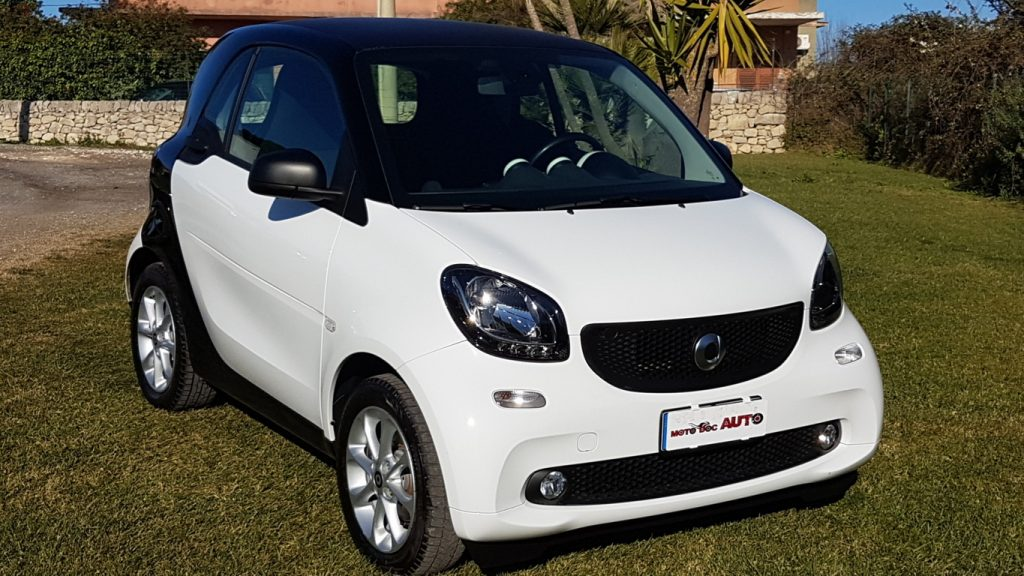 SMART FORTWO COUPE' 1.0 52KW YOUNGSTER TWINAMIC AUT.